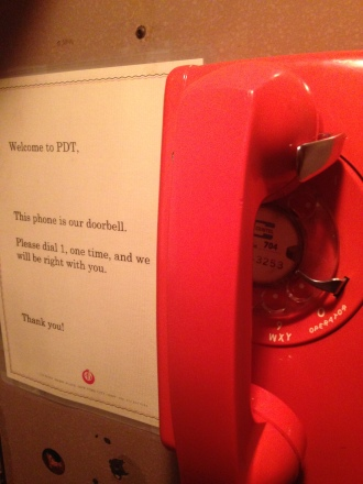 Teléfono, casa.